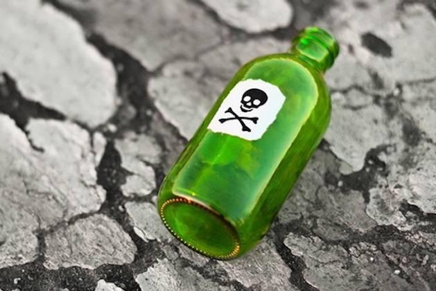 Mơ thấy thuốc độc là điềm báo gì? Đánh lô con gì?