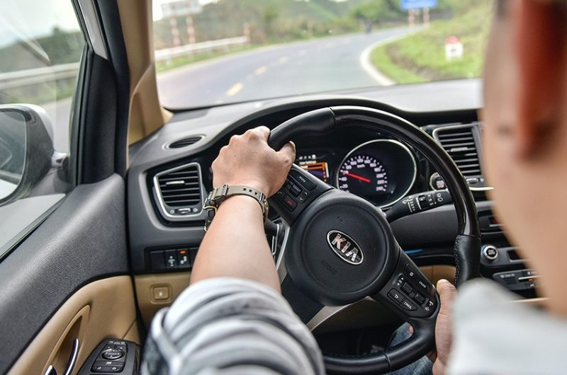 Nằm mơ thấy lái xe trong bóng tối có ý nghĩa gì? Điềm báo gì?